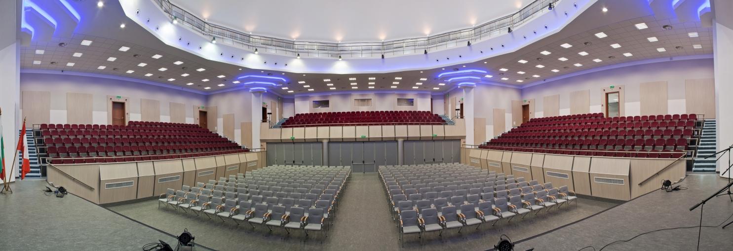 зала Канев